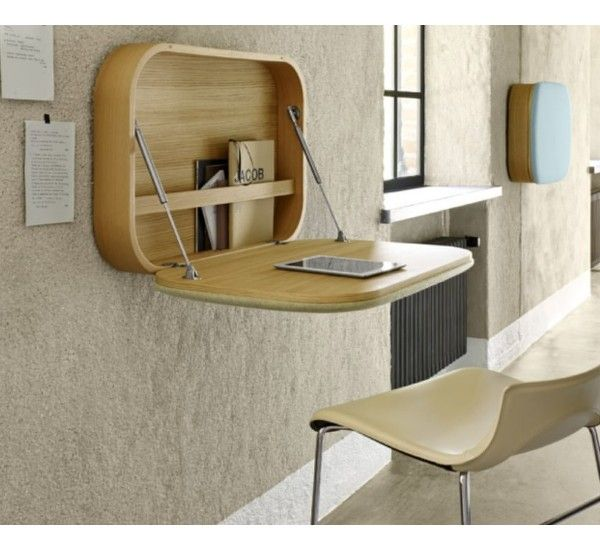 Nubo is the desk on the wall GamFratesi signed by the brand Ligne Roset. The