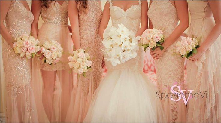 Bridesmaids in pink! From #positanowedding www.sposiamovi.it @luxuryweddings