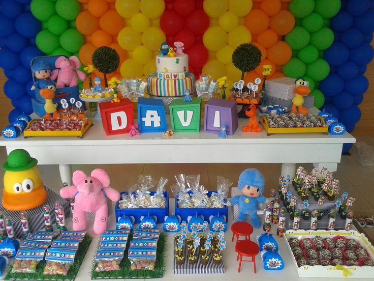 Uma festa linda e cheia de vida, foi assim o aniversário de 2 anos de Davi! Pocoyo e sua turma estavam entre os doces, nos pirulitos e gu...