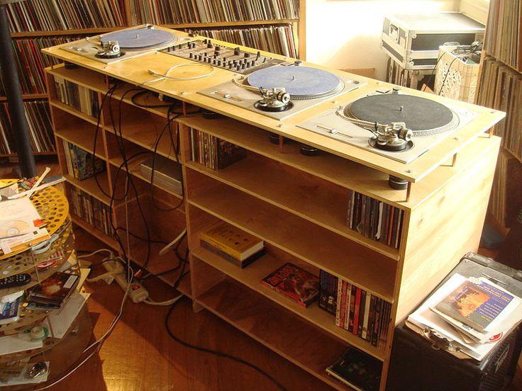 finally a dedicated DJ table