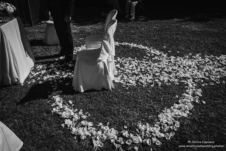 Visit http://www.amalficoastwedding.photos/ to find out more wedding ideas or inspiration. Photography by Enrico Capuano – professional wedding photographer based in Ravello, on the Amalfi Coast, Italy.