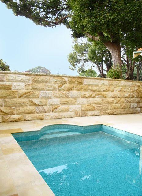 Pool, Sandstone wall