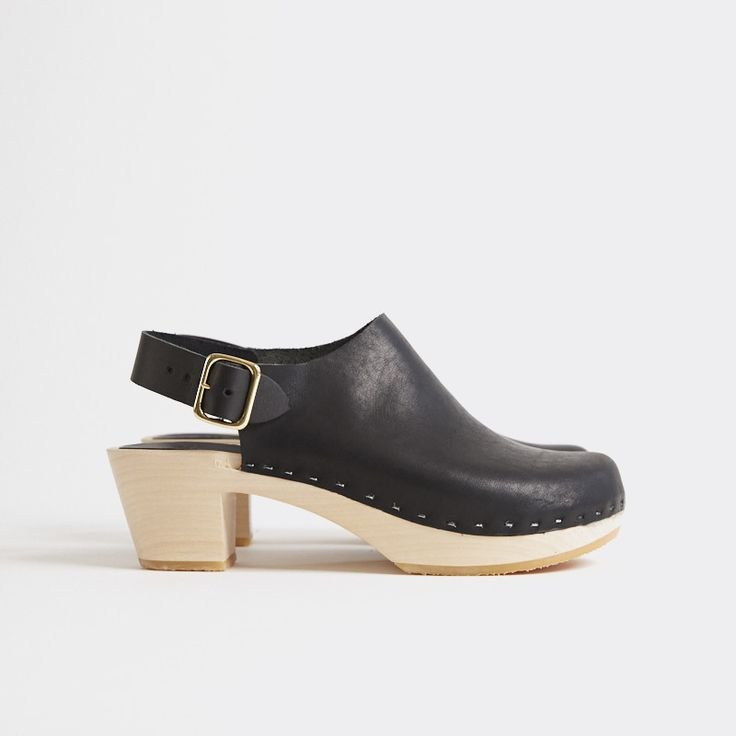 Suzie Closed Toe Clog, Mid Heel - charcoal or cement nubuck, size 10