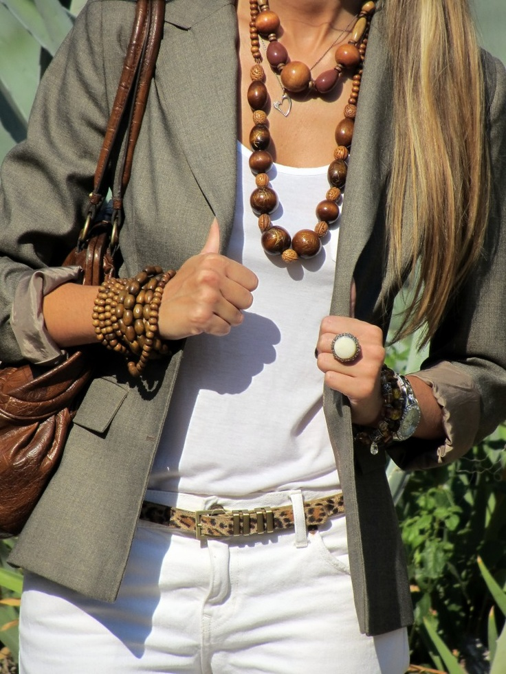 White on white. Olive green blazer, leopard print belt, wooden beaded necklace. Love all the different details that pull this look together!