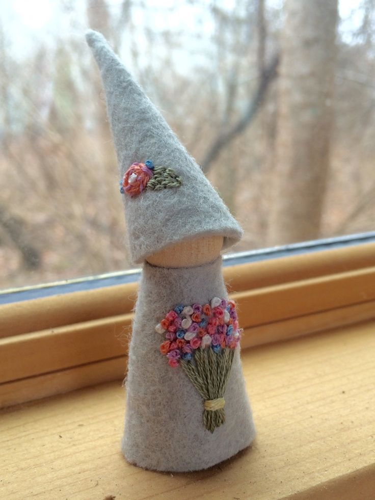 Little lady gnome with a pretty flower bouquet, handmade Waldorf inspired felt peg doll by #SandStormsArt