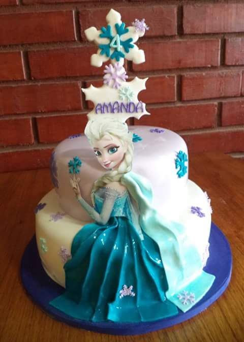 #Frozen #Elsa  (@VolovanProducto) | Twitter  #Fondant #cake  #instacake #Chile #puq #VolovanProductos