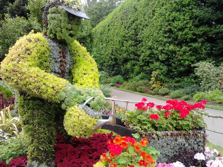 Topiary at Regent's Park, #london