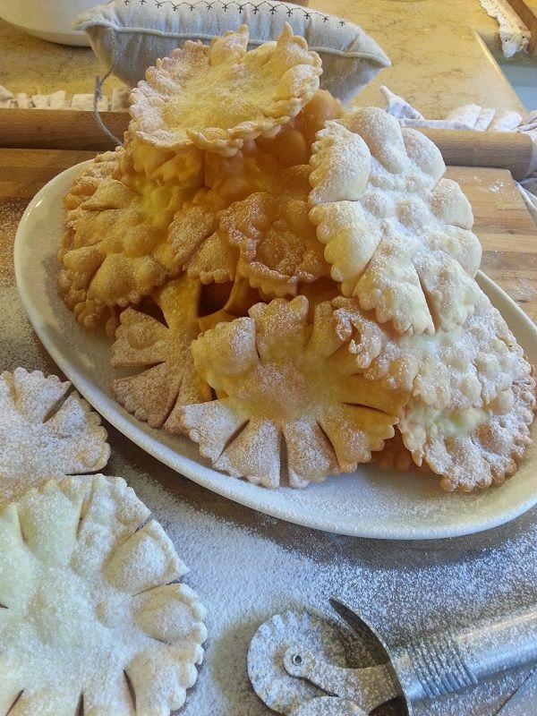 Frittelle sole di carnevale