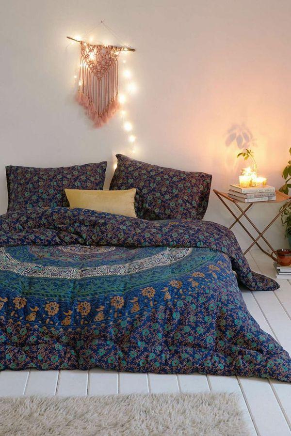 Jolie exemple de couvre lit, boutis