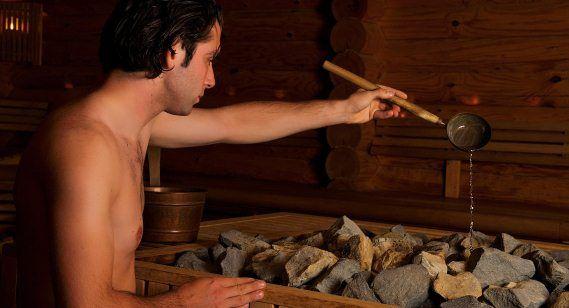 De sauna in met speciale geuren van Wellness Basics