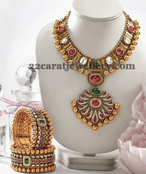 Jewellery Designs: Colorful Swarovski Kundan Choker