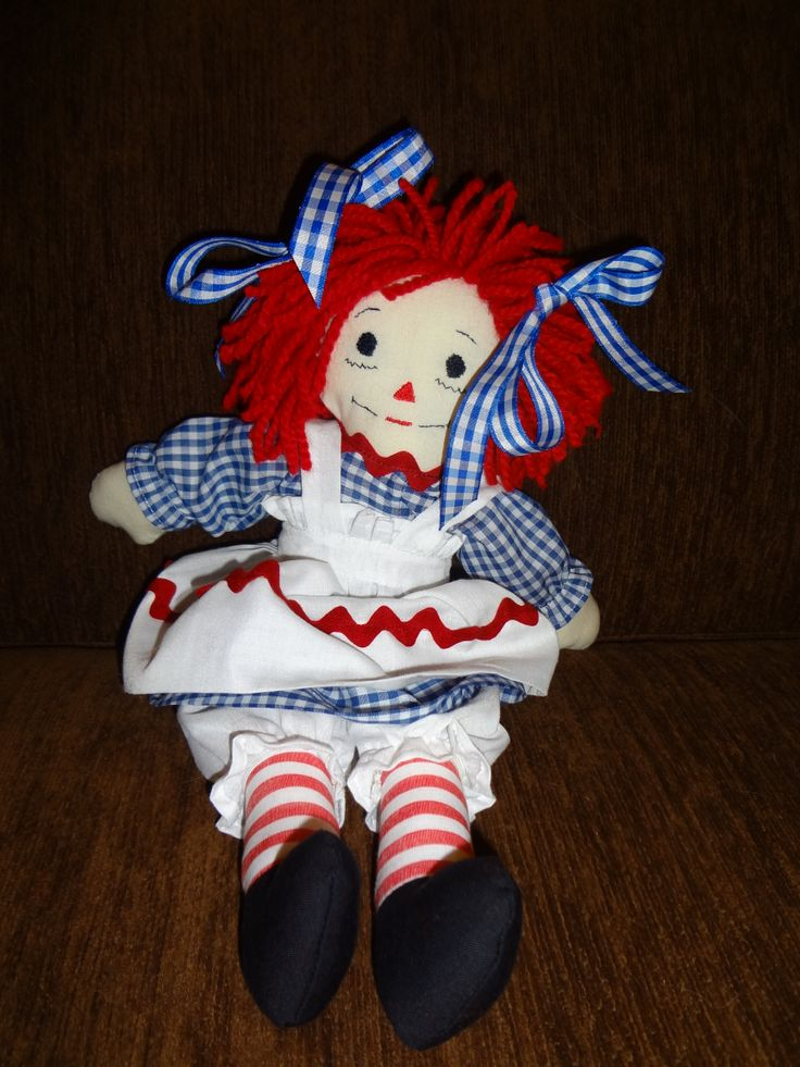 I made Raggedy Ann as a gift--then hated to part with her. But I did. Maybe I'll make another...