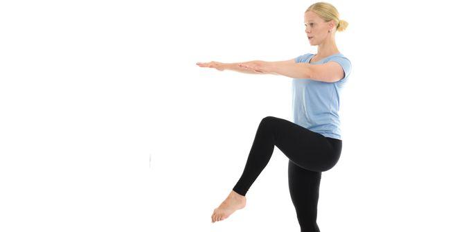 Grundläggande efter en graviditet är knip, magstöd och att stärka och balansera bäckenet. Syftet med mammaträning är att börja magträningen i rätt ände efter graviditet och barnafödande. För övningsbeskrivning och video, klicka på respektive träningsövning.  Tidsåtgång: 5-7 minuter  Träna så här