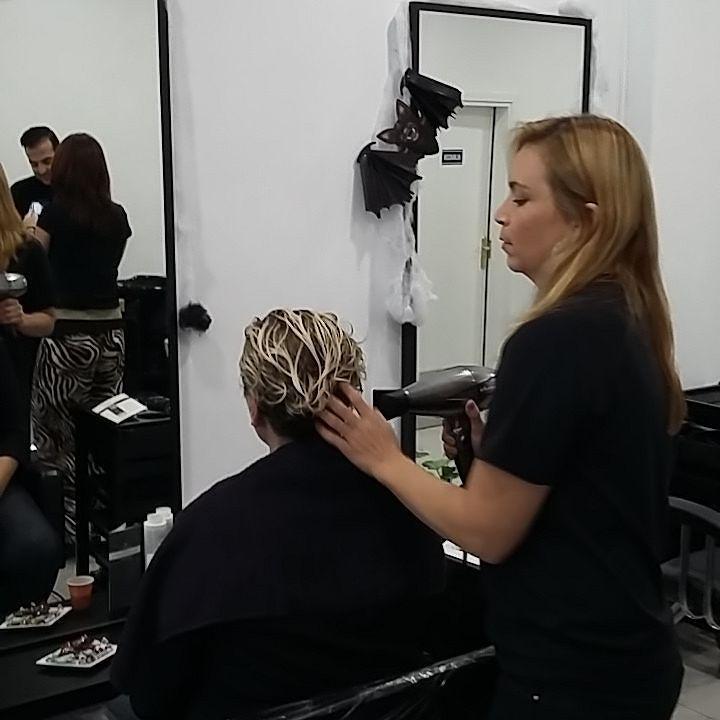 Paso 2 Secado  Secar cabello al 90 - 100 %  Solo con aire sin pasar cepillo  SISTEMA #ALISADO  T-LISS  #keratina