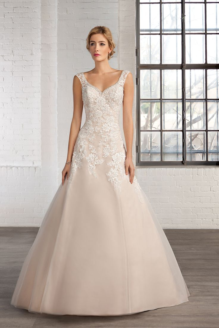 Cosmobella Style 7745: Cosmobella wedding dress 2016 collection : https://www.itakeyou.co.uk/wedding/cosmobella-wedding-dress-2016 #weddingdress #weddingdresses