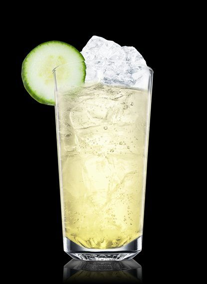 Create the perfect Sun Goddess with this step-by-step guide. Fill a blender with ice cubes. Add Absolut Vodka, lillet blanc, elderflower liqueur, cucumber juice, lemon juice and simple syrup. Shake and pour into a highball glass. Top up with soda water. Garnish with cucumber. Ice Cubes, 1½ Parts Absolut Vodka, 1 Part Cucumber Juice, ½ Part Lillet Blanc, ½ Part Elderflower Liqueur, ½ Part Lemon Juice, ½ Part Simple Syrup, Soda Water, 2 Slices Cucumber