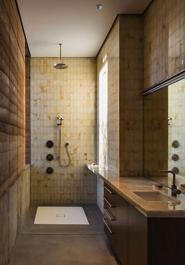 Rammed earth home in the tucson desert by dust 11 for Bathroom cabinets tucson