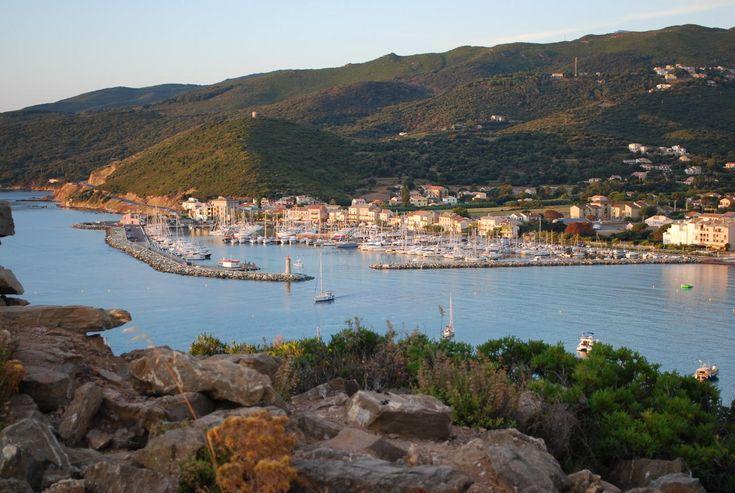 Macinaggio, Port de plaisance du Cap Corse http://www.tourisme.fr/686/syndicat-initiative-macinaggio.htm Crédit : OTSI Macinaggio Rogliano