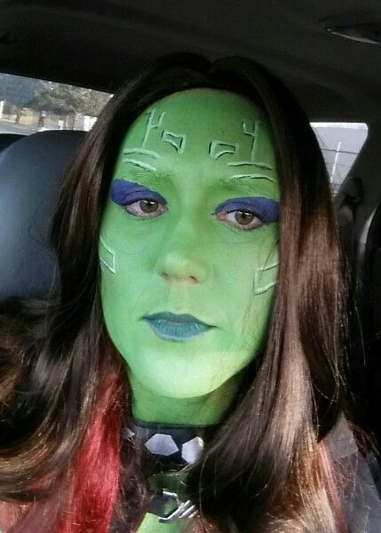 close up face markings for gamora guardians of the galaxy