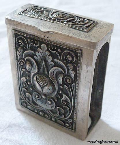 Antieke Djokja zilveren sigaretten houder Indië