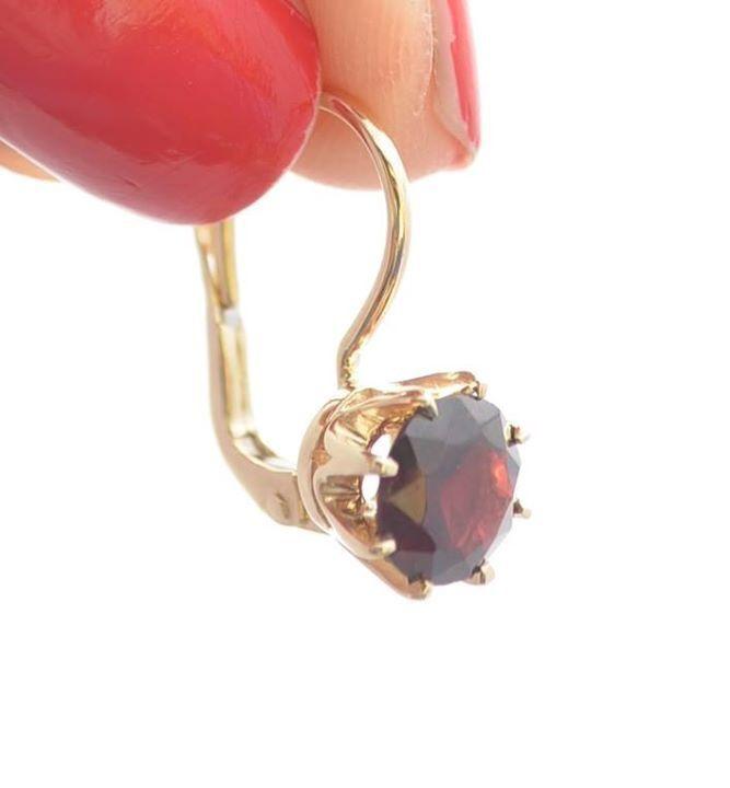 Gold earrings with granate / Złote kolczyki z pięknym granatem w kolorze czerwonego wina wykonane na zamowienie naszej klientki