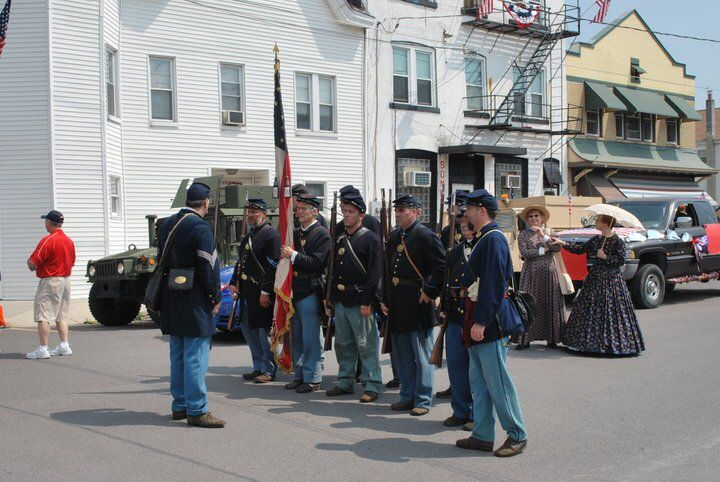 memorial day parade images