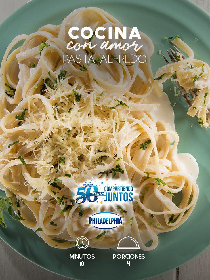 Una Pasta Alfredo será el mejor regalo para celebrar las buenas noticias con tu familia.  #recetas #receta #quesophiladelphia #philadelphia #crema #quesocrema #queso #comida #cocinar #cocinamexicana #recetasfáciles #pasta #PastaAlfredo #comida