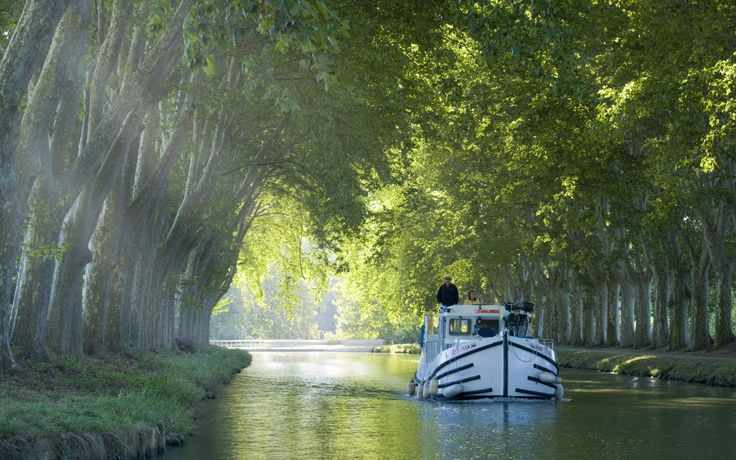 Things not to miss in France | Photo Gallery | Rough Guides Canal du Midi