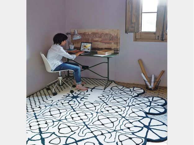 #dauvine - go to style: http://www.udesign-shop.com/go_to_style/3304-2/  #desk #gandiablasco #ganrugs #rugs #carpets #alfombras