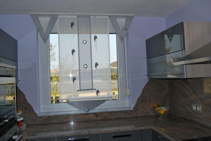 Küchen Vorhang mit Blumenmuster, Ösen und V-Elementen - http\/\/www - gardinen f rs badezimmer
