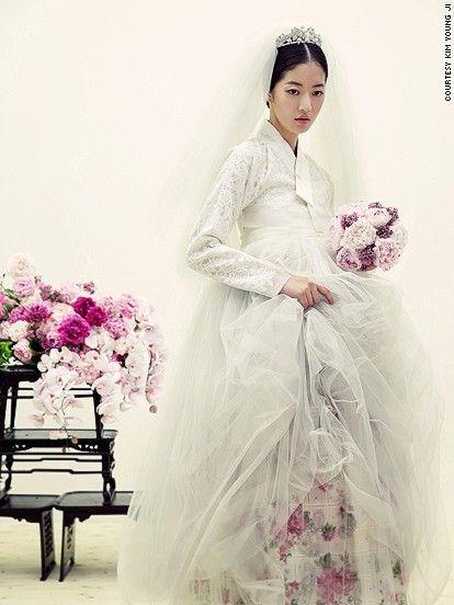 Ooooo.. The Hanbok Wedding Dress. 'New' Korean fashion captures world's attention - CNN.com