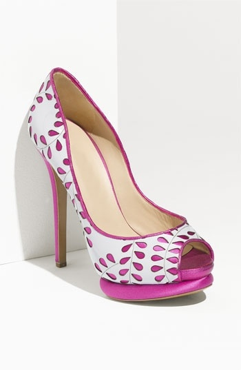 cutee: White Shoes, Fashion Shoes, Kirkwood Leaf, Summer Color, Pink Heels, Pink Shoes, Nicholas Kirkwood, High Heels, Leaf Pumps