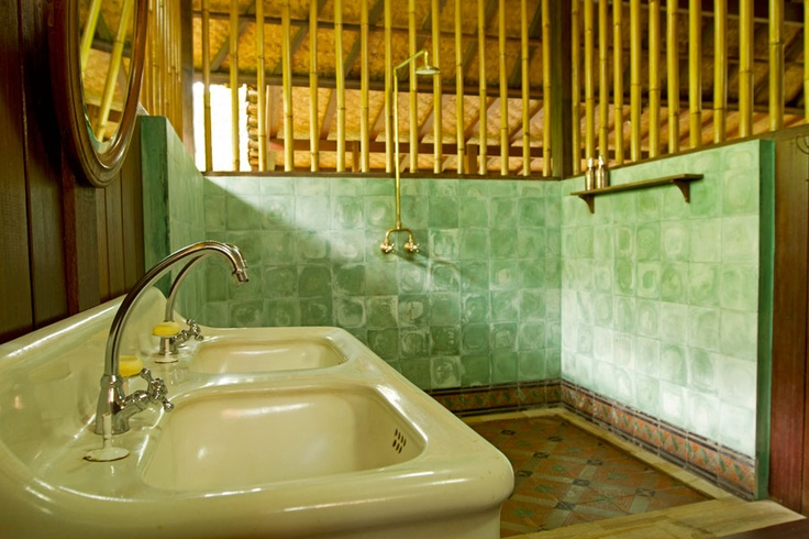 11-Bathroom-2-Main-Joglo