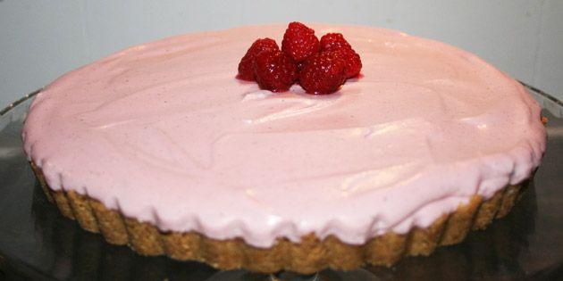Forblændende kage med hindbærmousse