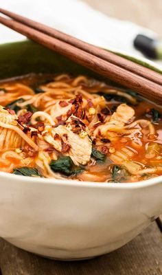 Thai Noodle Bowl- warm and comforting chicken noodle soup with a Thai twist. #chickennoodle