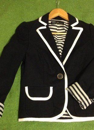 Kaufe meinen Artikel bei #Kleiderkreisel http://www.kleiderkreisel.de/damenmode/blazer-blazer/144070500-dunkelblauermarineblauer-blazer-von-zara-grosse-s