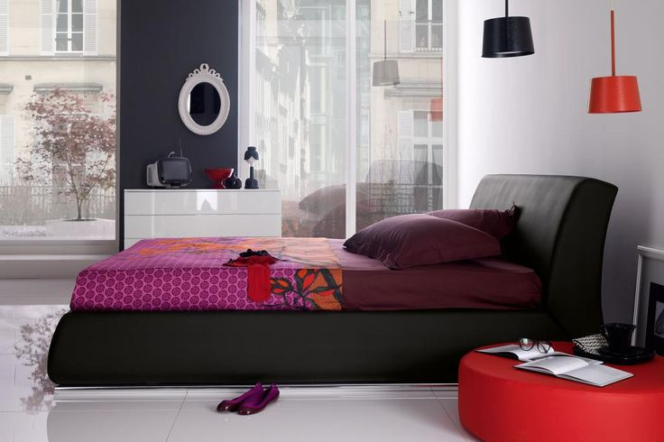 http://www.drissimm.com/wp-content/uploads/2015/11/amusing-perfect-bedroom-design-with-maroon-bedding-as-well-dressing-table-between-glass-window.jpg