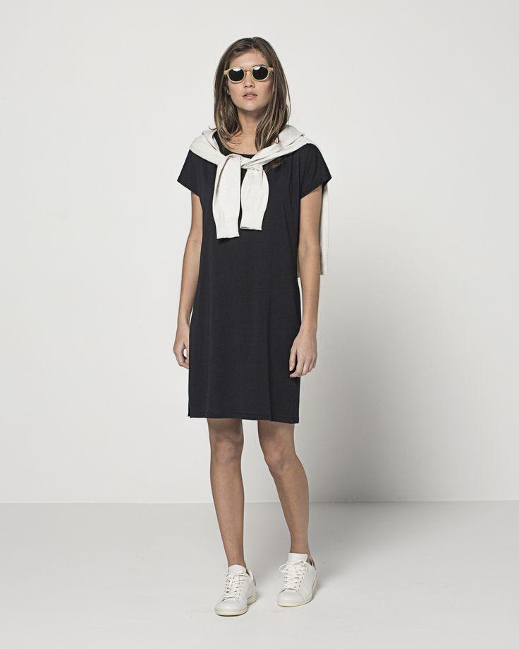 High Twist Cotton Zip Front Hoodie (Grey Marle) Cotton Modal Tegan T Dress (Ink)