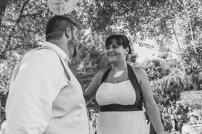 Ένας διαφορετικός πολιτικός γάμος by We are Family | ΜΑΡΘΑ & ΣΑΚΗΣ | The Wedding Tales Blog