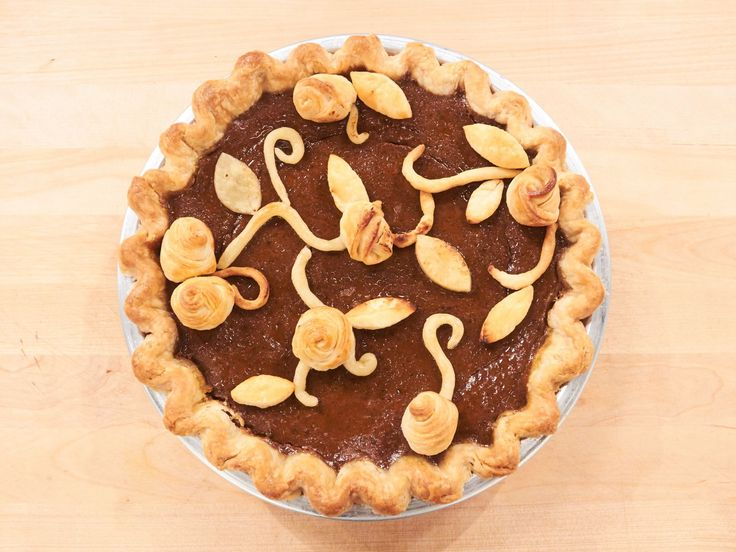 Get this all-star, easy-to-follow Decorated Pumpkin Pie recipe from Duff Goldman