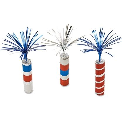 July 4th Firecracker Craft Party Decorations:  Don't be nervous -- these fireworks aren't the exploding kind. In fact, they're meant to be grabbed (and eventually eaten!). Made from candy rolls, they add a sparkling touch to a Fourth of July party.