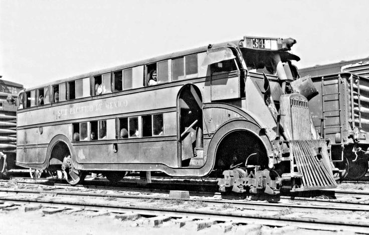 Sud Pacifico de Mexico Turns a Pickwick NiteCoach into a Train Car | The Old Motor