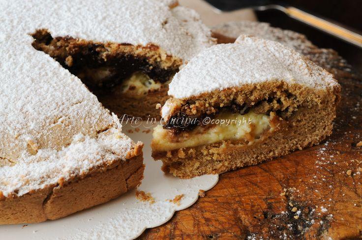 Torta di biscotti ripiena cioccolato e mascarpone, ricetta facile e veloce, dolce da merenda o colazione, torta farcita con doppia crema, ricetta senza lievito