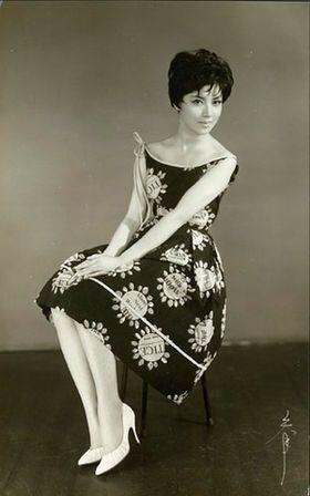 Mizuno Kumi (水野久美) 1937-, Japanese Actress. Fashion 1960s SO BEAUTIFUL!!! #trashydivainspiration