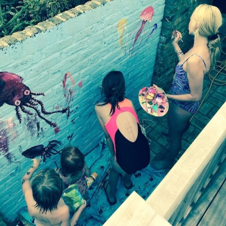 Today we painted a sea mural on the garden wall. It's a glorious, chaotic mess with loads of love and character thrown into the mix. Fun fun fun! ♥️ #artlove #siblings #summerlove