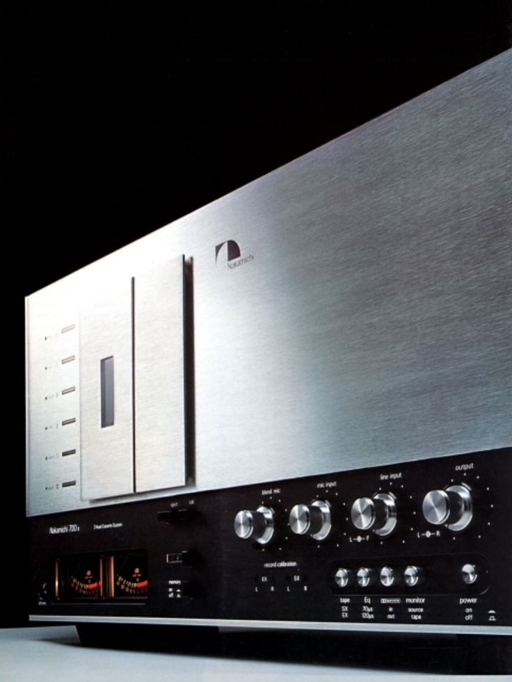 NAKAMICHI 700 II Tri-Tracer. 3Head Cassette System. Unsurpassed crystal alloy heads.