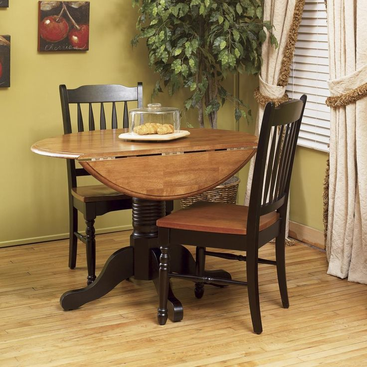 A America Dining Room British Isles Dropleaf Table   Great For A Breakfast  Nook Or Small Kitchen.