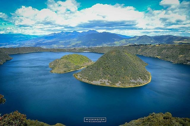 #Laguna #Cuicocha en #Cotacachi Provincia de #Imbabura  Vive tu mejor #aventura con #Rutaviva#TravelTheWorld  Encuentra cientos de DESTINOS y HOTELES en  www.rutaviva.com  _____________________________________________ Photo: @wmc_photography  #AmoEcuador #ViajaPrimeroEcuador#FeelAgainInEcuador  #Ecuador#FamiliaViajeraEcuador  #allyouneedisecuador #travelblogger #mochileros #natgeotravel #EcuadorTuLugarEnElMundo #LikeNoWhereElse #amor  #AllInOnePlace#instatravel #TraveltheWorld #World_Shots…