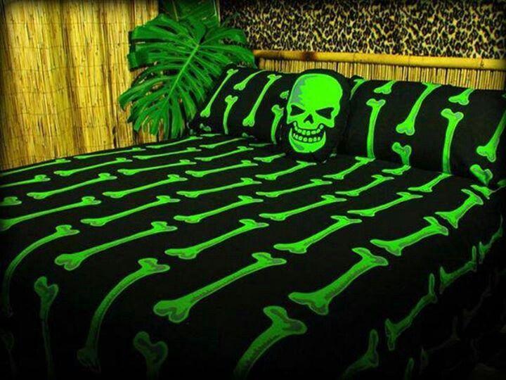 Skull bed set Bad Ass Pinterest