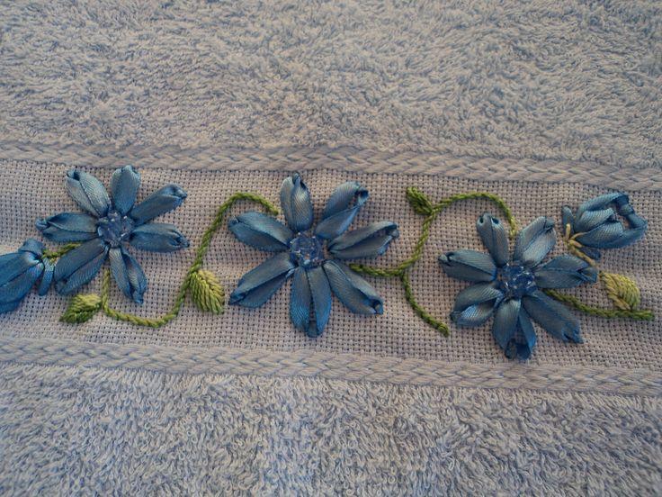 bordados com fitas